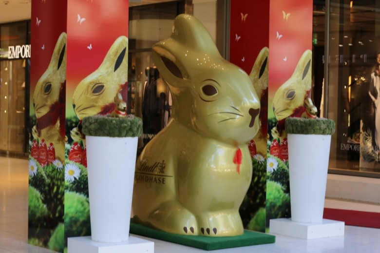 Giant Lindt Bunny